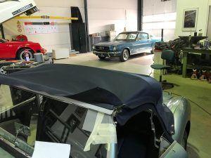 Oldtimer stoffering, cabrio kap van Austin Healey