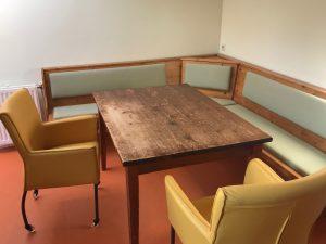 Meubelstofferen Oostenrijkse keuken bank