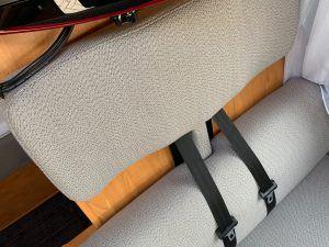 Camper stoffering kussens stoelen en wandpanelen