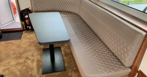Stuurhut stuurstoel en bank